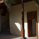 Pie derecho y zapata. Patio interior de la Casa de los Coroneles. La Oliva, Fuerteventura