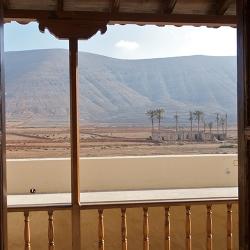 Vista de la Casa de la Rosa desde el comedor